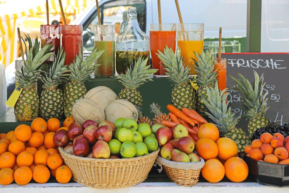 SAFTSTOFF wird ausschließlich aus frischen Früchten und Gemüse hergestellt
